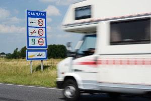 Sie werden geblitzt in Dänemark, wenn Sie das Tempolimit überschreiten.