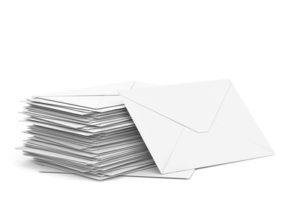 Die grüne Karte kann als Brief leicht nach Hause bestellt werden.