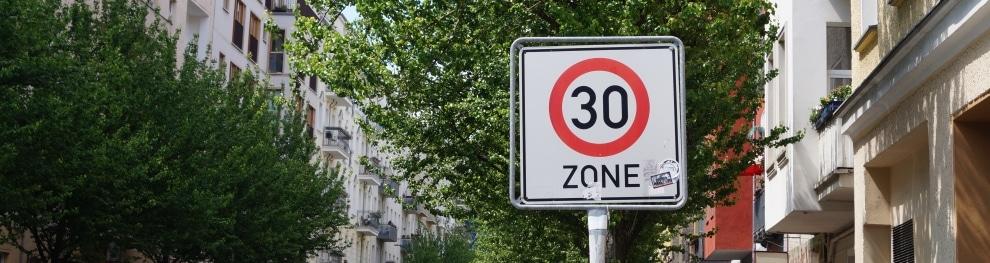 In Tempo 30-Zone zu schnell gefahren?