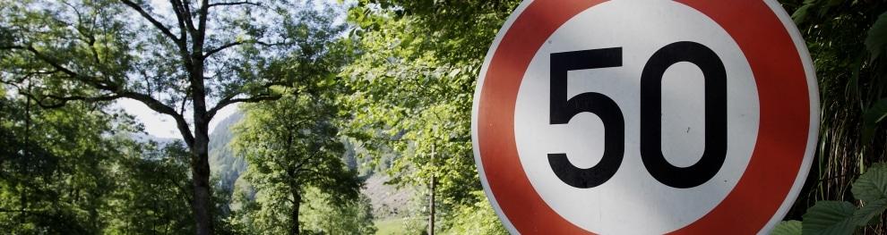Die 50er-Zone: Ein Schild, eine Geschwindigkeit