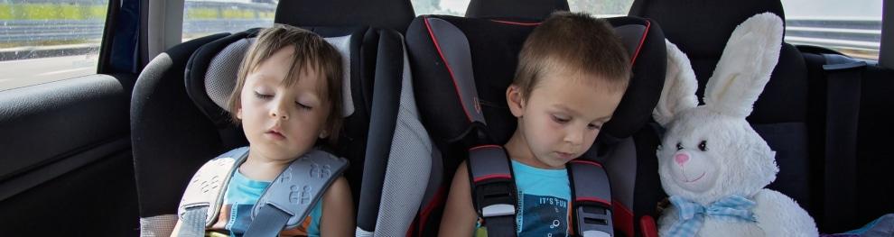Kindersitz: Ab welchem Alter und bis wann ist welches Rückhaltesystem nötig?