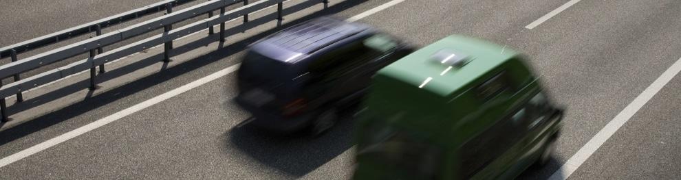 Falsches Überholen im Straßenverkehr