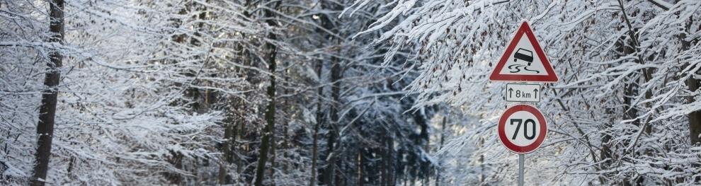 Plötzlicher Wintereinbruch: Wie Sie als Autofahrer nun reagieren sollten