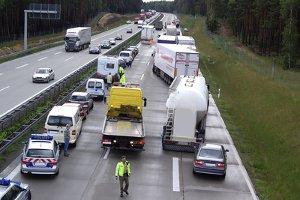 Hitzeschäden setzen deutschen Autobahnen zu.