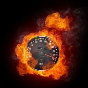 Eine hohe Geschwindigkeit kann die Verkehrssicherheit stark beeinflussen.