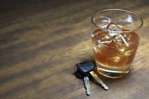 Irland: Alkohol im Auto kann zum Fahrverbot führen.
