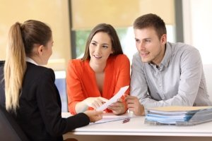 Einen Kfz-Kredit erhalten Sie in der Regel nur bei entsprechender Bonität.