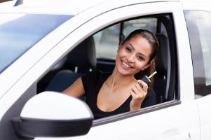 Ein Kfz-Schein ist eine Erklärung der Zulassungsbehörde, dass das Fahrzeug auf einen bestimmten Halter zugelassen ist.