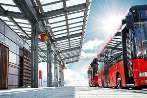 Bei einer Kontrolle von Reisebussen in Goslar wurden viele gefährliche Mängel entdeckt.