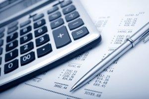 Sie sollten die Kosten vergleichen beim Widerspruch gegen den Bußgeldbescheid.