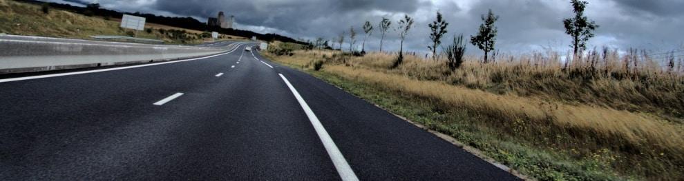 Kraftfahrstraße: Definition, erlaubte Geschwindigkeit und andere Regeln