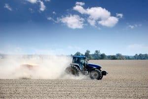 Auf dem Land sollen sich Grünflächen und Ackerland abwechseln. So können Landwirtschaft und Umweltschutz zusammengehen.