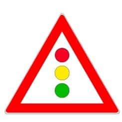 Auf eine nicht einsehbare Lichtzeichenanlage weist dieses Verkehrszeichen hin.