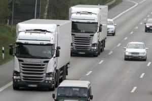 Wenn Fahrzeugführer eines Lkw mit 60 km/h zu schnell unterwegs sind, werden auch sie sanktioniert.