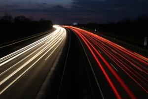 Lkw-Nachtfahrverbot: Auf der Autobahn gilt es nicht.