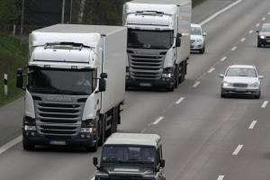 Die Lkw-Versicherung deckt die Kosten im Schadenfall ab