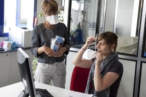 Kein Publikumsverkehr: Gilt dennoch eine Maskenpflicht am Arbeitsplatz?