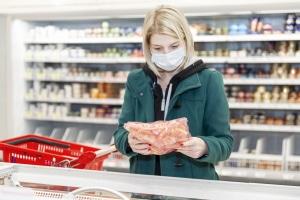 Maskenpflicht im Einzelhandel: Sie war lange umstritten und ist nun Realität.