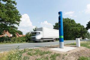 Maut-Säulen, die wie Blitzer aussehen, waren der Grund für mehrere Unfälle im Raum Würzburg.