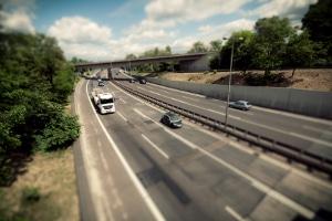 Es gibt auch mautfreie Autobahnen in Frankreich.