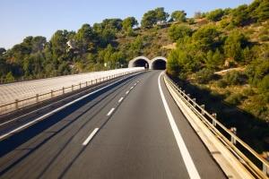 Mautstationen sind in Spanien auch bei einigen Tunnel vorhanden.
