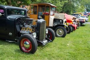 Bei Verleihern zu mieten: Der Ford Mustang als Oldtimer oder modernes Cabrio.