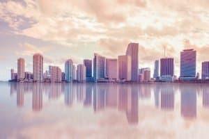 Mit dem Mietwagen Miami erkunden: Worauf sollten Urlauber beim Leihauto achten?