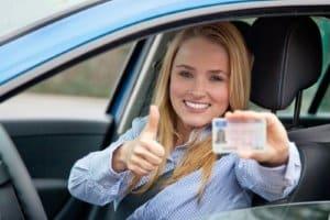 Mietwagen in Norwegen: Ein minimales Alter für den Verleih schreiben die Gesetze vor.
