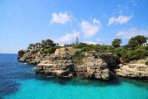 Mietwagen buchen: In Sardinien können Sie dadurch besonders flexibel reisen.