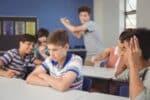 Studien zeigen, dass Mobbing in der Schule keine Seltenheit ist.