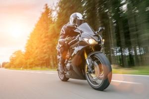 Klimafreundlich mit dem Motorrad unterwegs: Ein Elektro-Antrieb macht es möglich.