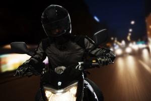 Fahrschulausbildung fürs Motorrad: Die Nachtfahrt ist gesetzlich vorgeschrieben.