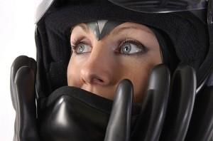Für Motorradfahrer gilt zu ihrer Sicherheit eine Schutzhelmpflicht