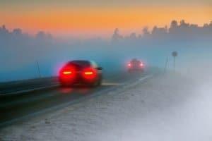 Nebelscheinwerfer: Eine Strafe droht, wenn Sie diese bei guter Sicht einschalten.