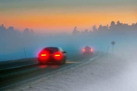 Bei starken beeinträchtigten, witterungsbedingten Sichtverhältnissen wird die Nebelschlussleuchte zur Pflicht