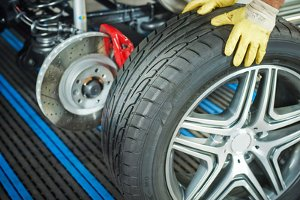 Beim Neukauf von Reifen können Sie diese auch entsorgen