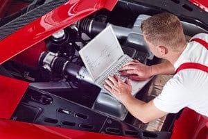 Wenn Sie beim Neuwagen den Motor einfahren, ist der Verschleiß geringer.