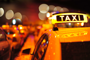 Öffentliche Verkehrsmittel: Auch das Taxi gehört dazu.