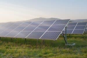 Ökostrom im Vergleich: Erneuerbare Energien können auf verschiedene Weise gewonnen werden.