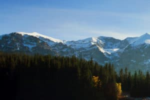 In Österreich finanziert die Maut teure Infrastrukturprojekte wie Alpenstraßen.