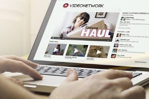 Online Werbung: Die Definition sieht das Internet als einen großen Markt an