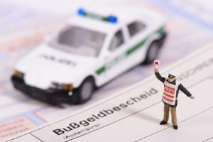 Im Ordnungswidrigkeitenrecht wird derjenige, gegen den ein Bußgeldverfahren eröffnet wird, als Betroffener bezeichnet.