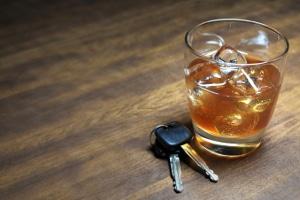 Im StGB besagt Paragraph 21, dass Unzurechnungsfähigkeit eine mildere Strafe bei Alkohol am Steuer rechtfertigen kann.