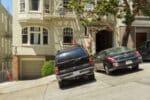 Ist das Parken vor einer Eingangstür erlaubt oder verboten?
