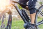 Das Pedelec ist ein Elektro-Fahrrad, welches die Leistung des Fahrers unterstützt.