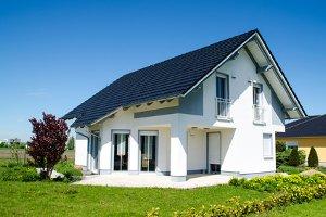 Eine Photovoltaikanlage ist besonders für das Dach vom Haus geeignet
