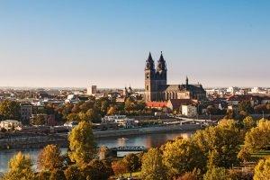 Die Polizei: Dank der Internetwache Sachsen-Anhalt auch online erreichbar.