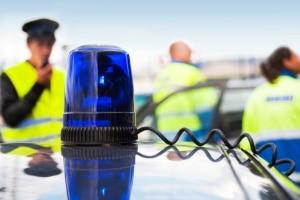 Um Unbeteiligte zu schützen, kann die Polizei die Verfolgungsjagd auch abbrechen.