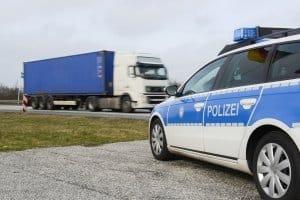 Die Abteilungen der Polizeidirektion Sachsen-Anhalt sind unter anderem für die Verkehrsüberwachung zuständig.