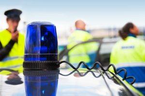 Eine Polizeikontrolle kann auch Fahrradfahrer betreffen.